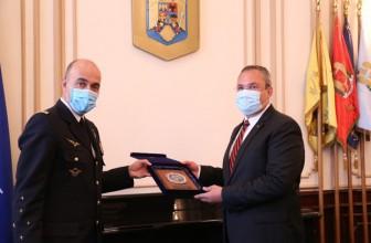 Emblema de Onoare a Armatei României pentru generalul André Lanata